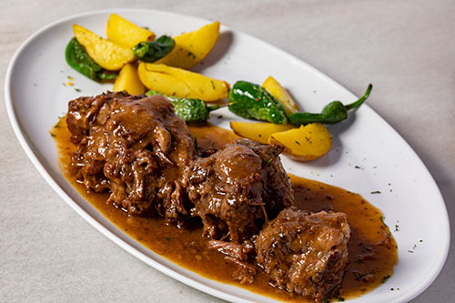 The best braised bull tail in Madrid