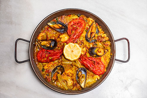 The best fish and seafood paella in Madrid