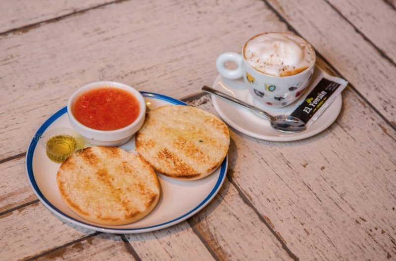 Breakfast in Madrid center